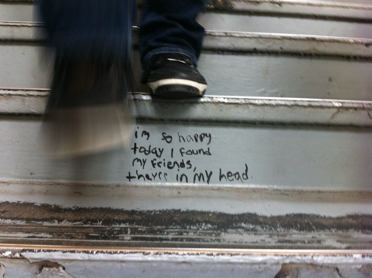 inscription, quotation and feet