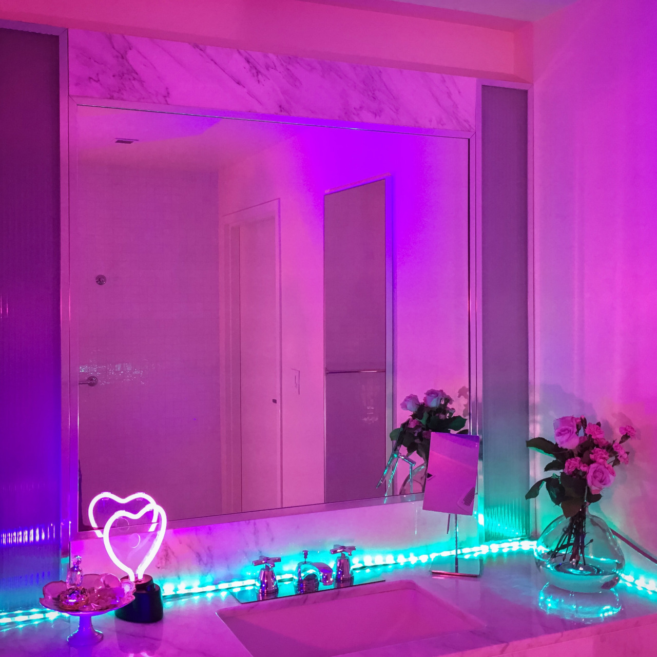 led lights bathroom, pink glow bathroom, pink bathroom and purple glow bathroom