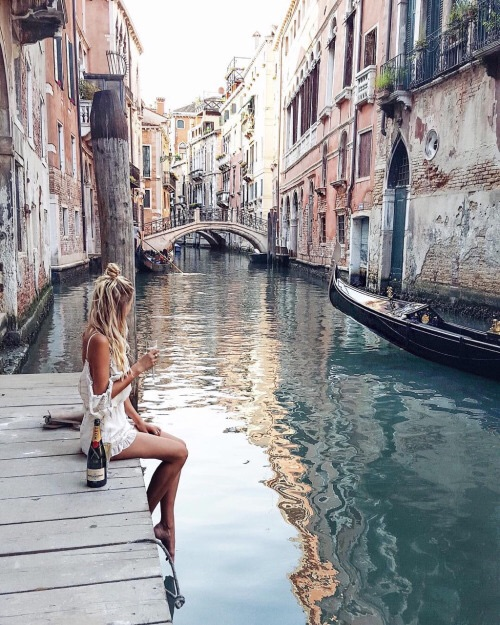 girl, italy and fashion