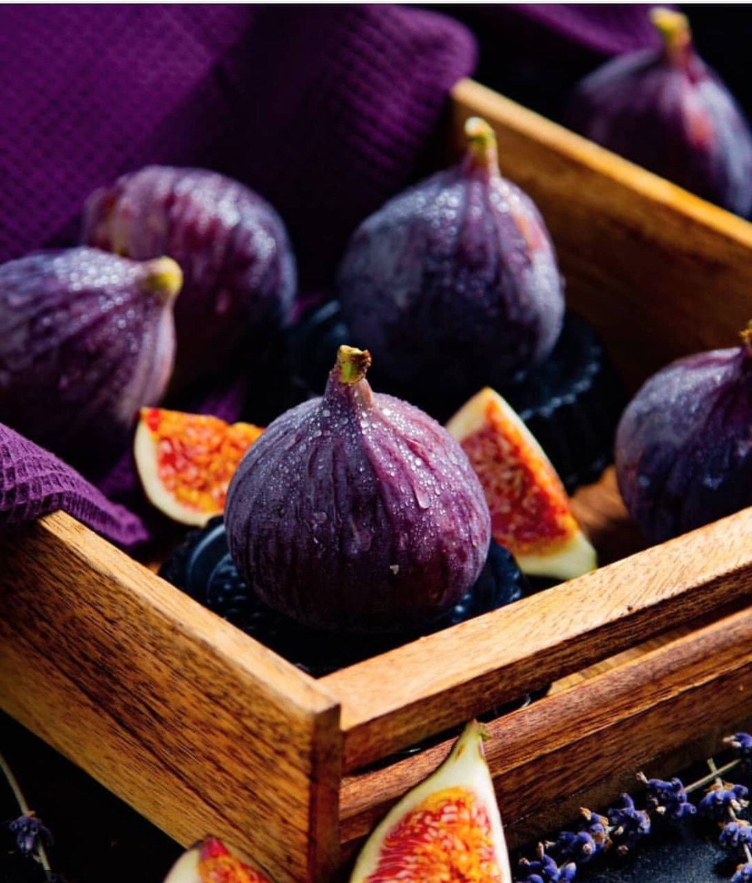 figs, fruit and discover