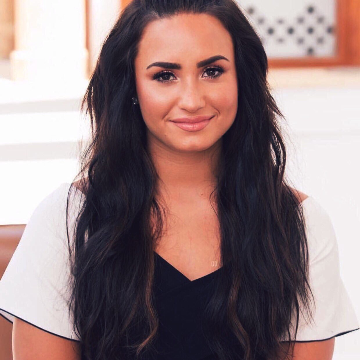 demi lovato icon, hair and singer