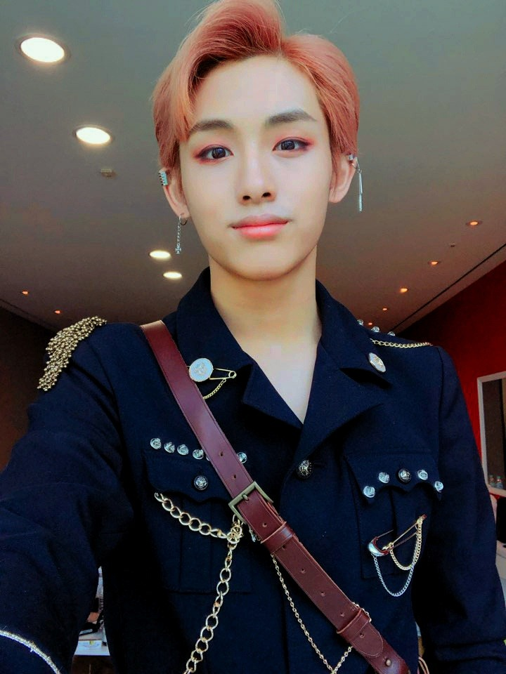 nct u winwin, selca, winwin headers and nct ships