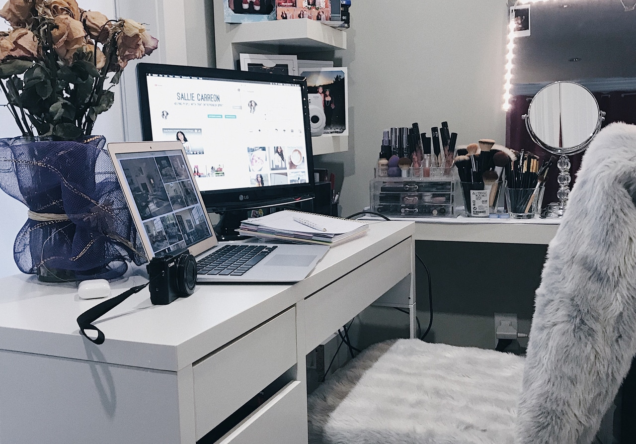 home office goals, bossbabe office, boss lady office and office decor