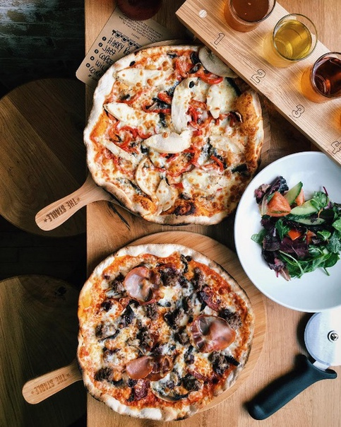 sausage, yummy, delicious and pizza