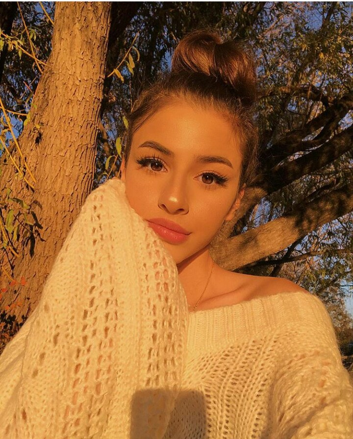 makeup goals, fall aesthetic, icon and golden hour selfie