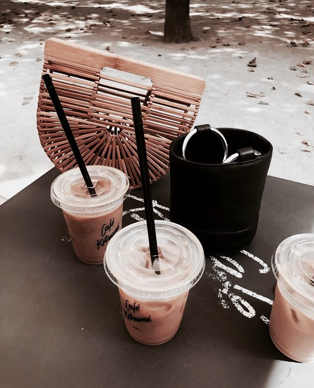 chic, elegance and coffee