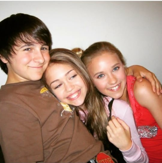 friends, miley cyrus, michel musso and trio