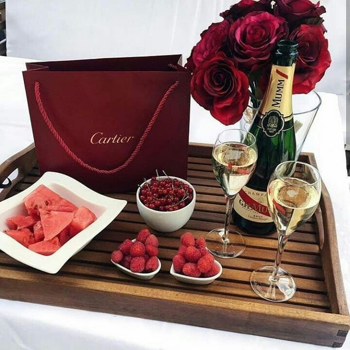 cartier, champagne and flowers
