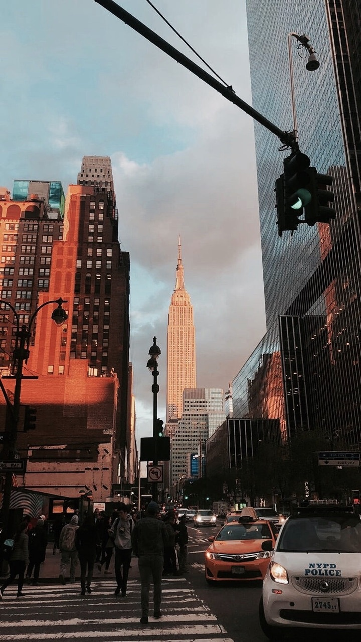 empire state building, taxi, yellow cabs and new york