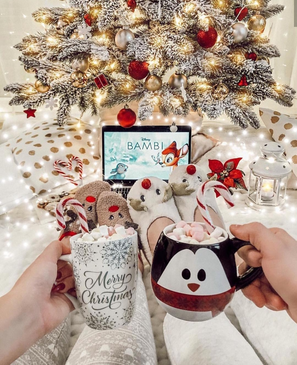 Download Christmas Aesthetic Photos