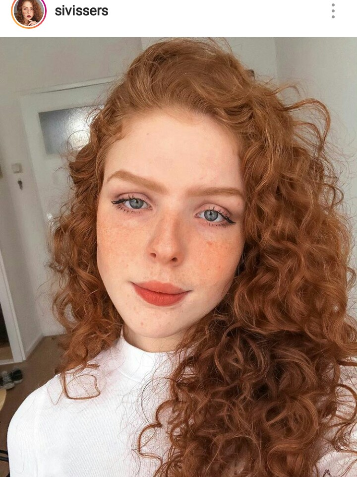 ginger girl, freckles, cachos and redhead girl