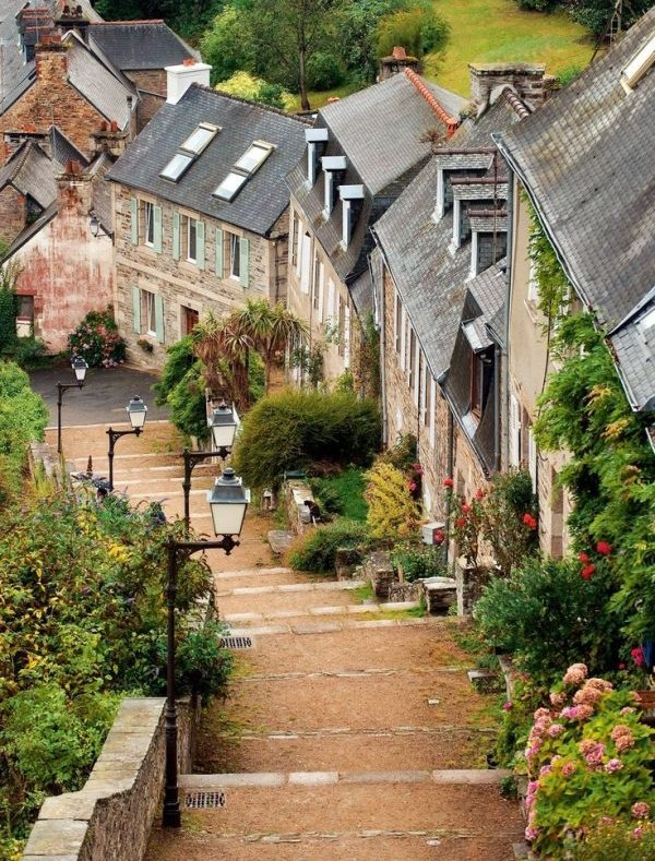 brittany, europe, instatravel travelgram and learn learning path road