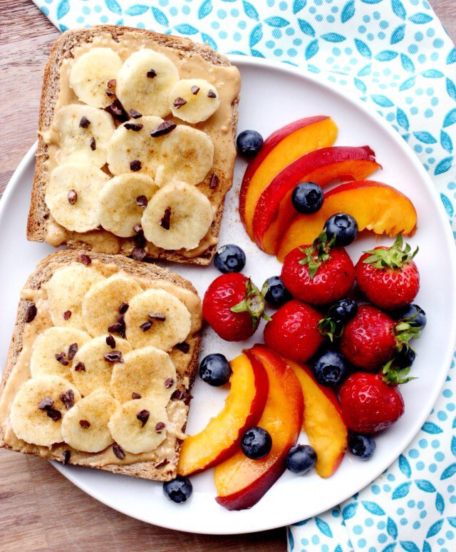 berries, bread and choclate
