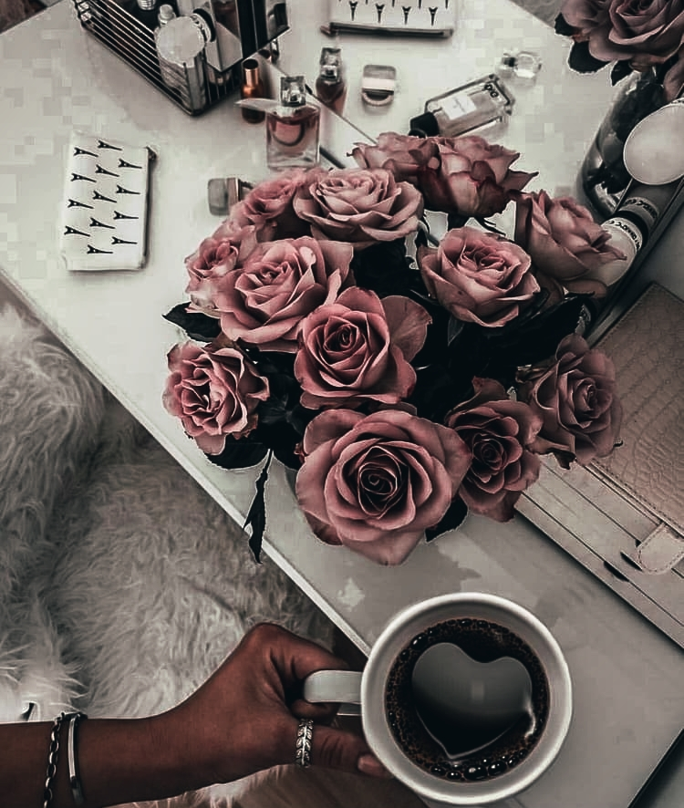 drinks, flowers, coffee time and aesthetic