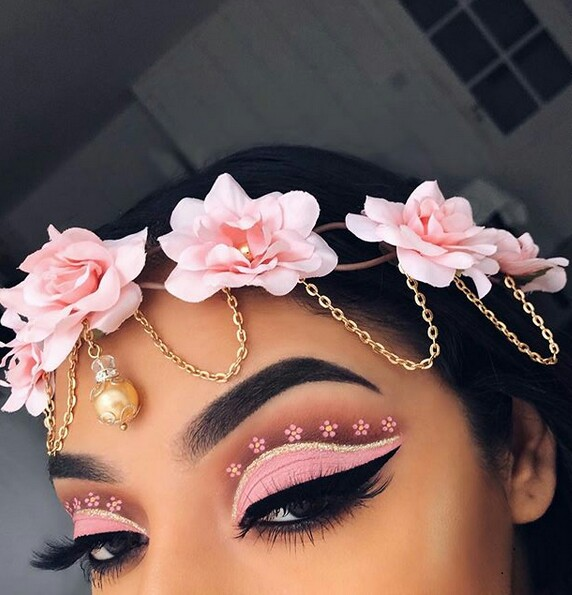 beauty, eyeshadows, glamour and makeup