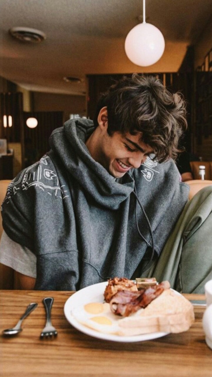 noah centineo and wallpaper - image