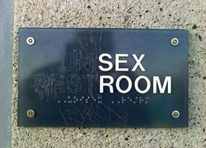 sex, humour, room and grunge
